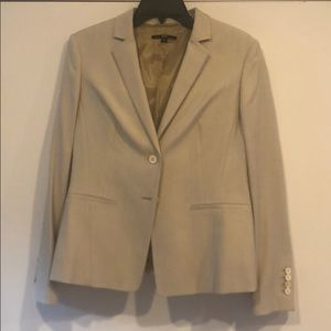 Hugo Boss tan blazer